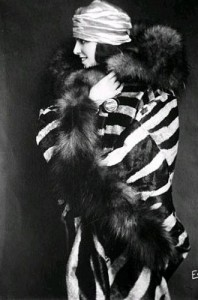 negri-aktorka
